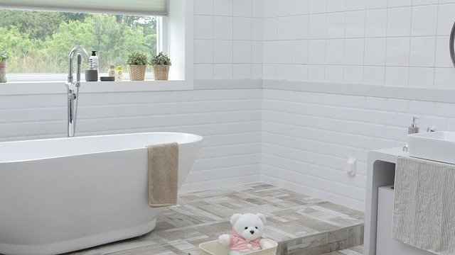 5 Signs it is Time to Renovate the Bathroom